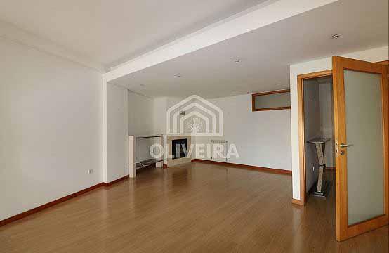 Apartamento T3 com 150m2